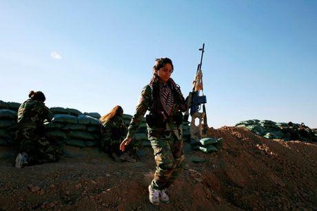 Ve dep nhung nu chien binh nguoi Kurd trong cuoc chien o Mosul - Anh 8
