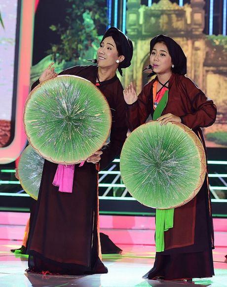 Hoai Linh, My Linh cuoi 'ngat' vi thi sinh nhi tai nang - Anh 3