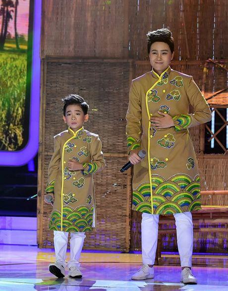 Hoai Linh, My Linh cuoi 'ngat' vi thi sinh nhi tai nang - Anh 7