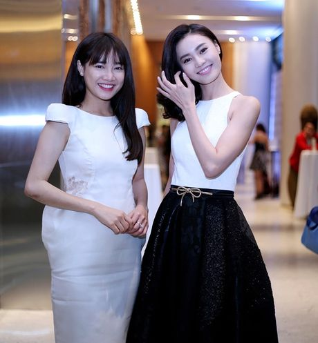 Do ve sexy cua 2 my nu dinh dam Lan Ngoc – Nha Phuong - Anh 1