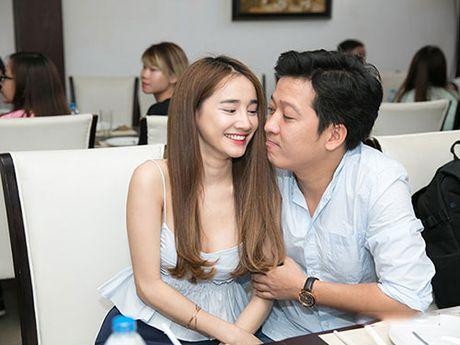 Do ve sexy cua 2 my nu dinh dam Lan Ngoc – Nha Phuong - Anh 5