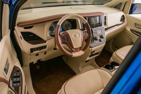 Toyota Sienna minivan do banh vang sang nhu chuyen co - Anh 2
