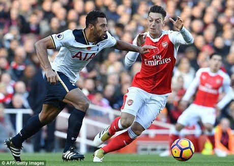 Arsenal 1-1 Tottenham: Phao chua the len dinh - Anh 2