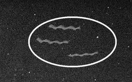 Phat hien 3 UFO hinh xoan quai la o nui lua Mexico - Anh 2