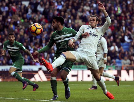 Ronaldo mo nhat, Bale ruc sang trong chien thang cua Real Madrid - Anh 1