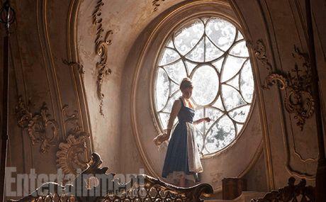 Emma Watson hoa thanh cong chua tinh tu ben quai vat - Anh 4