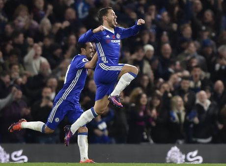 Chelsea nhan chim Everton bang chien thang 5 sao - Anh 2