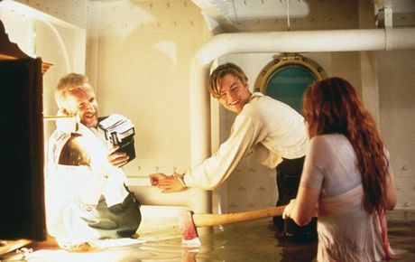 Tiet lo anh hau truong cuc 'doc' cua phim 'Titanic' - Anh 5