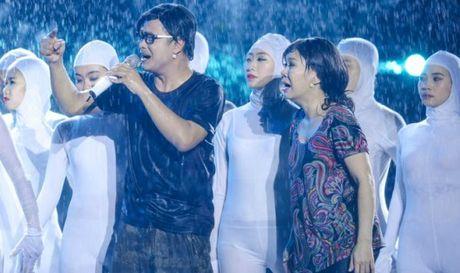Live show Viet Huong: 'Ca nha' cung khoc trong mua suot 2 gio - Anh 1