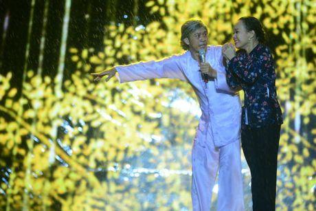 Live show Viet Huong: 'Ca nha' cung khoc trong mua suot 2 gio - Anh 6