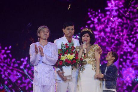 Live show Viet Huong: 'Ca nha' cung khoc trong mua suot 2 gio - Anh 8