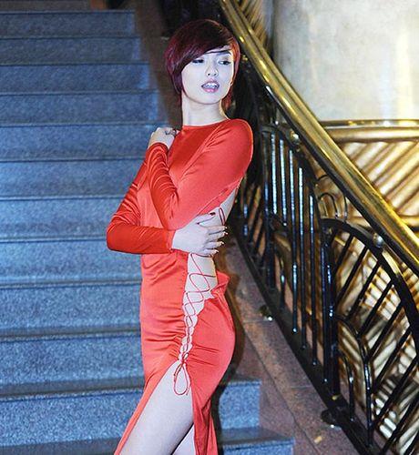 My nhan Viet tu tin dien vay khoet len tan co 'khong noi y' - Anh 4