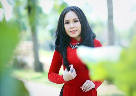 Ngo ngang khoi tai san 'khung' cua nghe si Viet Huong - Anh 1