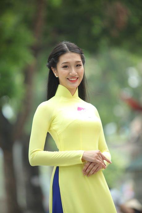 "Lo dien top 92 thi sinh vao vong ban ket cuoc thi ""Nu sinh duyen dang Viet Nam"" - Anh 1"