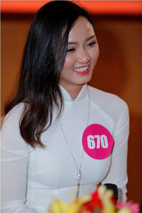 "Lo dien top 92 thi sinh vao vong ban ket cuoc thi ""Nu sinh duyen dang Viet Nam"" - Anh 5"