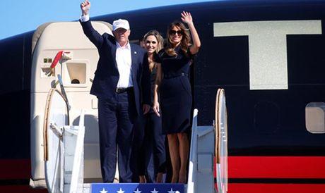 Ong Trump bam duoi ba Clinton sit sao sat ngay bau cu - Anh 1