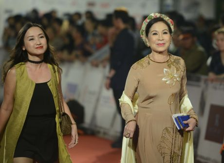 Dan 'sao' khoe sac tai tham do be mac HANIFF 2016 - Anh 1