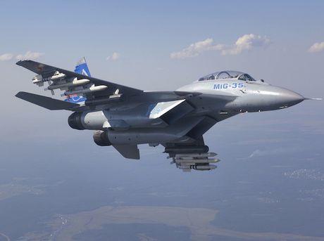 Nga trang bi cho MiG-35 radar theo doi duoc 30 muc tieu cung luc - Anh 1