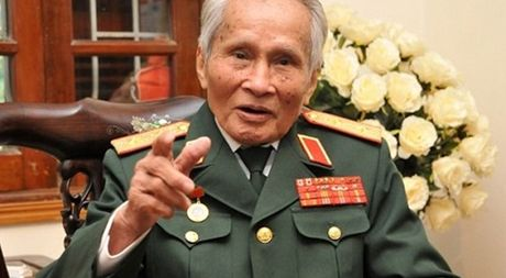 Tuong Nguyen Quoc Thuoc: 'Khong xu ly ong Vu Huy Hoang thi dan khong chiu' - Anh 1