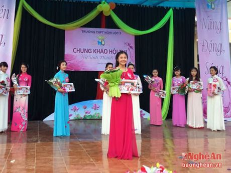Ngam nu sinh xinh dep cua Truong THPT Nghi Loc 5 - Anh 2
