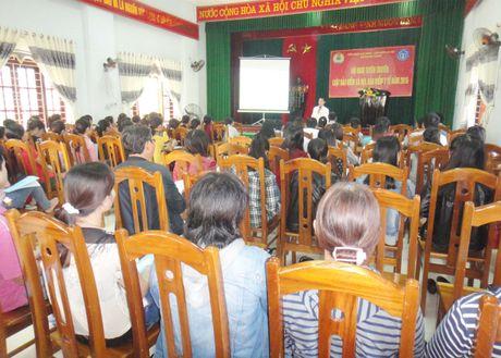 LDLD huyen Nui Thanh (Quang Nam): Tang cuong tuyen truyen phap luat cho nguoi lao dong - Anh 1