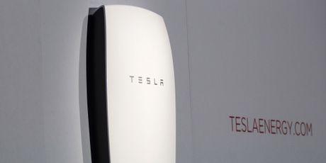 Ba mui nhon giup Tesla thong tri ca the gioi - Anh 3