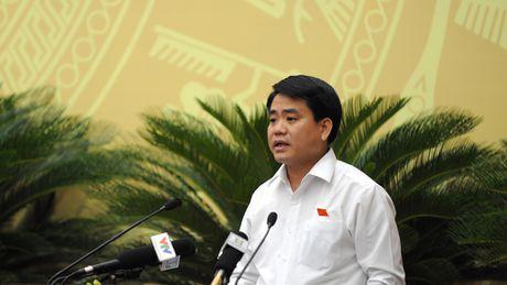 Chu tich Ha Noi Nguyen Duc Chung yeu cau lam ro vu phong vien bi hanh hung - Anh 1