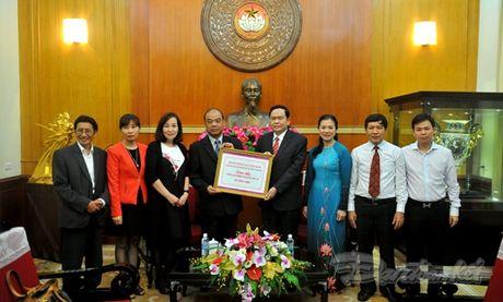 Tam long ba con Viet kieu huong ve mien Trung - Anh 2