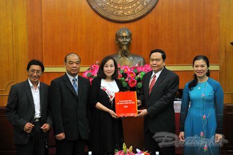 Tam long ba con Viet kieu huong ve mien Trung - Anh 5