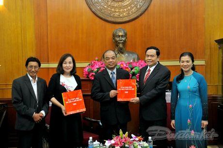 Tam long ba con Viet kieu huong ve mien Trung - Anh 6