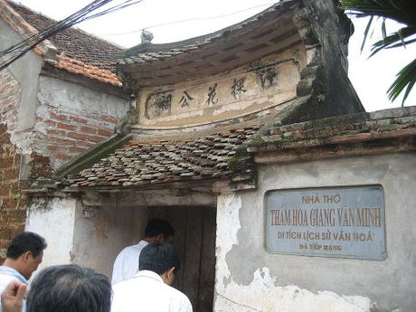 Su than Giang Van Minh tha chet khong de nhuc menh vua - Anh 1
