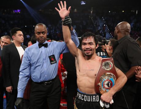 Manny Pacquiao thang diem Jessie Vargas, gianh dai WBO - Anh 1