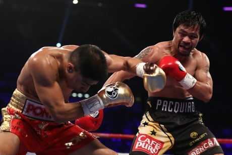Manny Pacquiao thang diem Jessie Vargas, gianh dai WBO - Anh 2