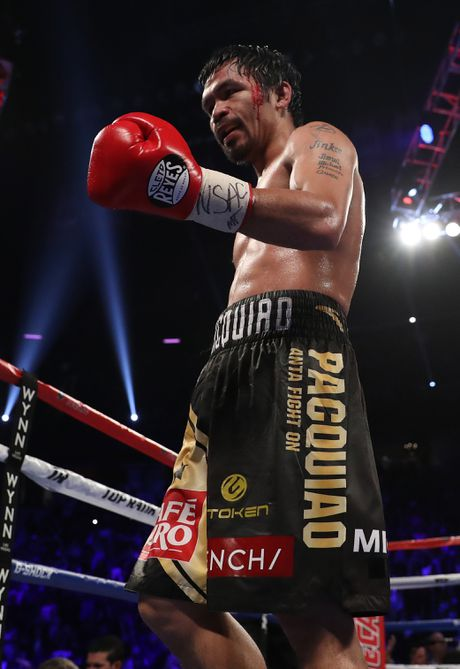 Manny Pacquiao thang diem Jessie Vargas, gianh dai WBO - Anh 7