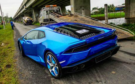 Sieu xe Lamborghini Huracan tren duong que Long An - Anh 4