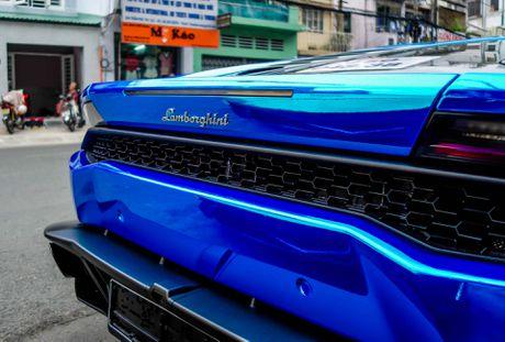 Sieu xe Lamborghini Huracan tren duong que Long An - Anh 8