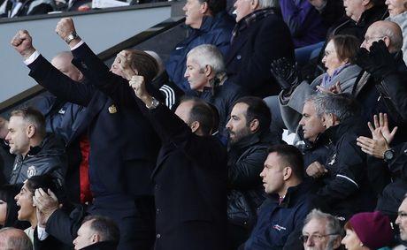 Swansea vs MU (0-3, H1): Ibrahimovic lap cu dup - Anh 5