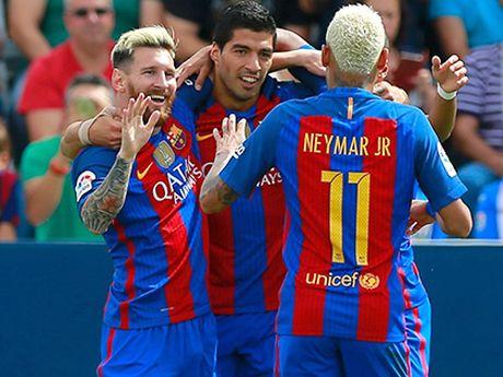 Barcelona: Vi sao Luis Suarez tit ngoi? - Anh 1