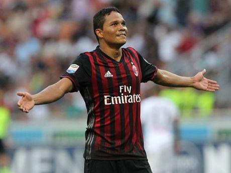 21h00, 06/11: Palermo – AC Milan: Khi Carlos Bacca la van de - Anh 1