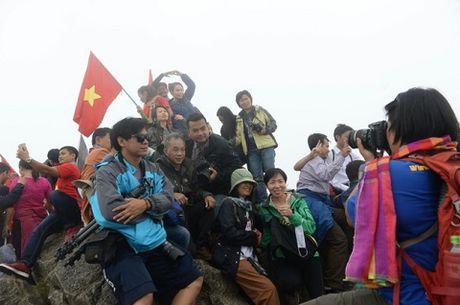 Bao chi the gioi canh bao bung no du lich de doa voi Sapa - Anh 2