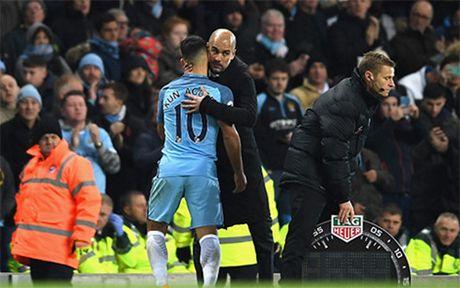 Aguero phung phi co hoi, Man City bi Middlesbrough cam hoa - Anh 3