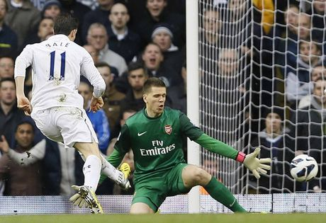 Walcott, Kane va danh sach 'Vua pha luoi' o derby Arsenal - Tottenham - Anh 7
