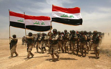 Quan doi Iraq tren da thang loi trong chien dich giai phong Mosul - Anh 1