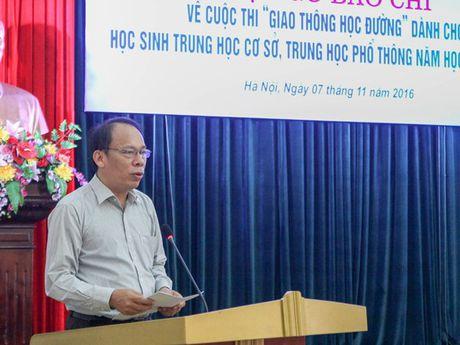 Phat dong cuoc thi 'Giao thong hoc duong' danh cho hoc sinh - Anh 1