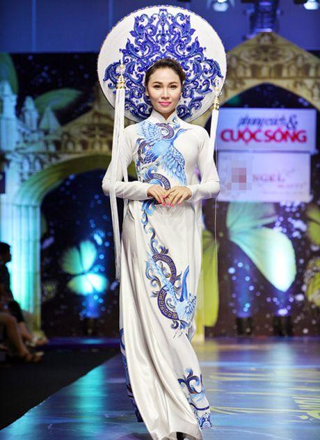 My nhan Viet'treo co' vi nhung chiec khan man khong lo - Anh 14