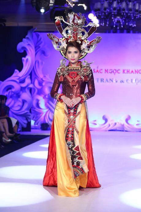 My nhan Viet'treo co' vi nhung chiec khan man khong lo - Anh 16