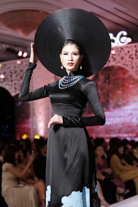My nhan Viet'treo co' vi nhung chiec khan man khong lo - Anh 8