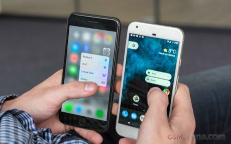 iPhone 7 Plus do suc cung Google Pixel XL - Anh 1