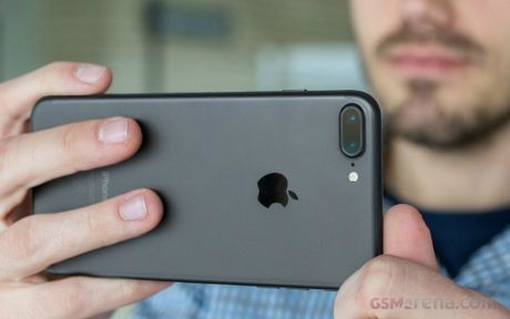 iPhone 7 Plus do suc cung Google Pixel XL - Anh 7