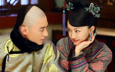 Choang voi hau truong phim co trang cua chong Lam Tam Nhu - Anh 1